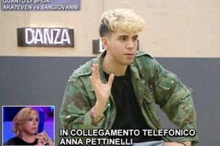 """Anna Pettinelli ad Amici 20: """"Ciuccio e presuntuoso"""", Aka7even: """"Nemmeno mia madre in 20 anni"""""""