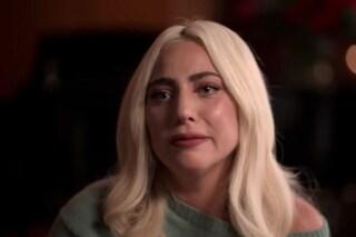 """Lady Gaga: """"Violentata e scaricata incinta ad un angolo della strada"""""""