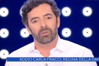 Alberto Matano cita Lorella Cuccarini a La vita in diretta, un anno fa il loro gelido addio in tv