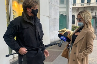 """Diletta Leotta riceve il Tapiro d'oro da Striscia la notizia: """"Sto ancora con Can Yaman"""""""