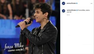 """Anche da Amici il sostegno per Michele Merlo: """"Forza Mike siamo con te"""""""