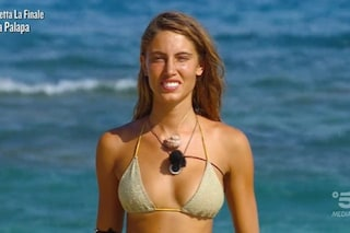 Beatrice Marchetti eliminata, nemmeno il podio per la naufraga che ha vissuto l'Isola da sola