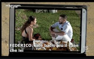 """Temptation Island 2021, Federico e la crisi con Floriana: """"Bacio più il cane che lei"""""""