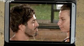"""Temptation Island, Manuela sempre più vicina a Luciano: """"Se Stefano vuole stare solo mi lasciasse"""""""