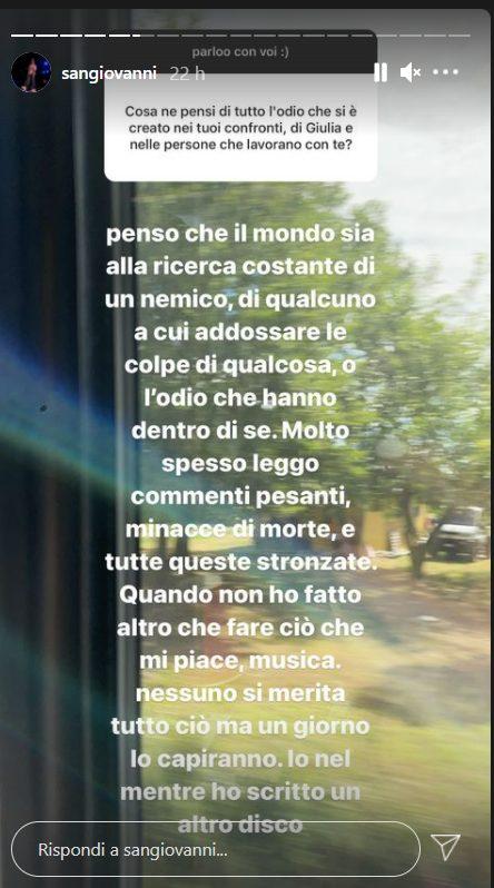 Sangiovanni risponde all'odio contro di lui e Giulia Stabile: Commenti  pesanti e minacce di morte