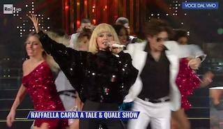 Tale e Quale Show 2021 comincia con un omaggio a Raffaella Carrà
