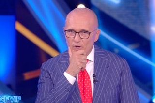 """GFVip, Alfonso Signorini: """"Ne abbiamo le tasche piene di non poter aprire bocca"""""""