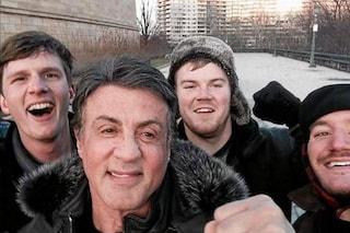 Fanno la scalinata di Rocky, in cima trovano Stallone (FOTO)