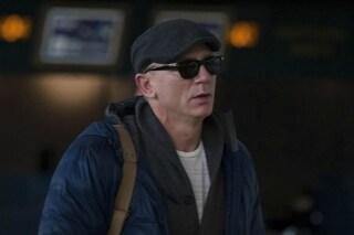 Infortunio per Daniel Craig, ha battuto la testa mentre girava una scena a Roma