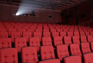 Niente pop corn e bevande, posti distanziati: le regole da rispettare nei cinema dal 15 giugno