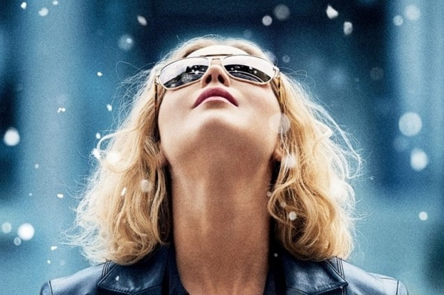 """Joy"": Jennifer Lawrence è Joy Mangano, star delle televendite americane"