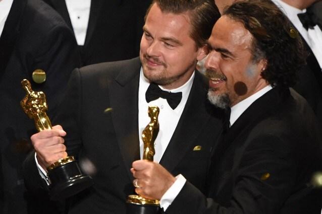 Leonardo DiCaprio, migliore attore protagonista, e Alejandro Gonzales Iñárritu, migliore regia agli Oscar 2016.