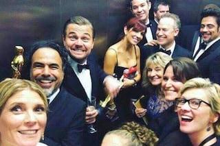 Il selfie degli Oscar 2016 è in ascensore, Leonardo DiCaprio euforico