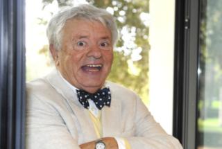Morto Lino Toffolo, l'attore e cantautore ha avuto un infarto
