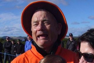 È Tom Hanks o Bill Murray l'uomo nella foto? Lo scatto che sta facendo impazzire il web