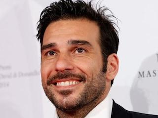 I 45 anni di Edoardo Leo, talento esplosivo del cinema e della tv italiani
