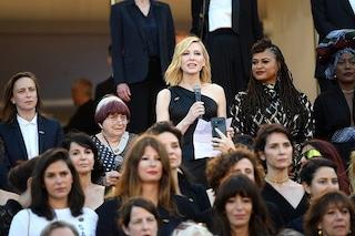 Festival di Cannes 2018, va in scena la Women's March: 82 donne sul red carpet chiedono parità