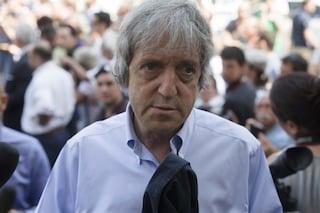 I funerali di Carlo Vanzina a Roma, l'addio di amici e colleghi in Piazza della Repubblica