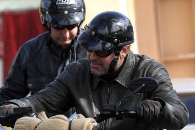 """L'uomo che ha investito George Clooney: """"Sono sconvolto"""", intanto un video mostra l'impatto"""
