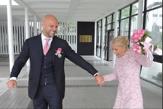 """Heather Parisi festeggia 5 anni di matrimonio: """"C'è chi sogna la fama, io voglio solo amare l'uomo che mi ama"""""""