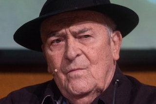 È morto Bernardo Bertolucci, il maestro del cinema aveva 77 anni. La camera ardente in Campidoglio