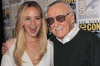 """Morto Stan Lee, il cinema piange la scomparsa del papà dei supereroi Marvel: """"Ti dobbiamo tutto"""""""