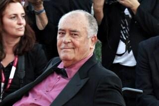 """Morto Bernardo Bertolucci, il mondo del cinema è in lutto: """"Siamo tutti un po' più soli"""""""
