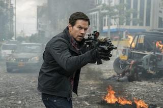 """Mark Wahlberg è l'agente della CIA James Silva in """"Red Zone - 22 miglia di fuoco"""", di Peter Berg"""