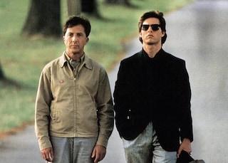 """30 anni fa usciva """"Rain Man – L'uomo della pioggia"""", il cult con Dustin Hoffman e Tom Cruise"""