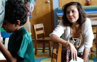 """Maggie Gyllenhaal tra talento e poesia in """"Lontano da qui"""", diretto da Sara Colangelo"""