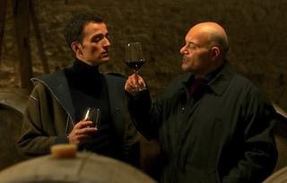 """Curiosità """"Wine To Love"""": il Popolo della Famiglia ha chiesto di rimuovere la scena del bacio gay"""