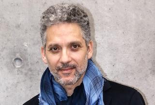I 50 anni di Beppe Fiorello, dall'esordio al cinema con Marco Risi alle fiction di grande successo