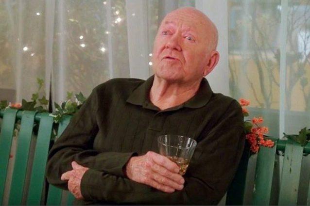 "Erdman sul set della serie tv ""Community"""
