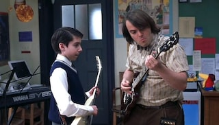 """Arrestato Joey Gaydos Jr., Zach in """"School of Rock"""": scoperto a rubare chitarre in un negozio"""