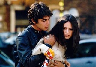 """15 anni fa sbarcava al cinema """"Tre metri sopra il cielo"""", il film che lanciò Riccardo Scamarcio"""