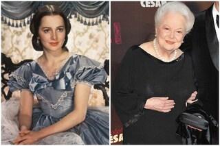 """Olivia de Havilland compie 103 anni, è stata la Melania Hamilton di """"Via col vento"""""""