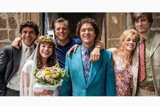 Emma Marrone in abito da sposa per Gabriele Muccino, la foto dal set de I migliori anni