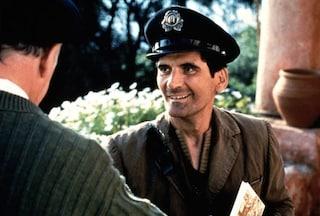 """25 anni fa """"Il Postino"""" sbarcava al Festival di Venezia e conquistava il mondo intero"""