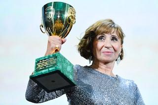 "Ariane Ascaride vince la Coppa Volpi per ""Gloria Mundi"" a Venezia 2019"