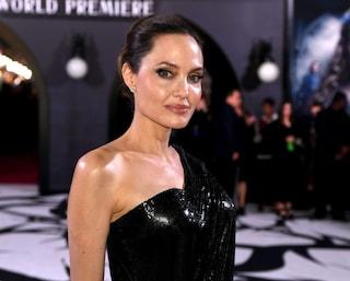 """Angelina Jolie rivela: """"Dopo il divorzio con Brad Pitt mi sono sentita insignificante e ferita"""""""