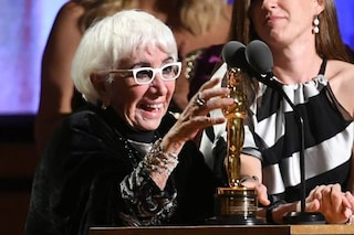 """Lina Wertmüller riceve l'Oscar alla carriera: """"Che emozione, ma voglio un Oscar che si chiami Anna"""""""