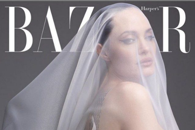 Angelina Jolie posa nuda a 44 anni: «Ora sto bene