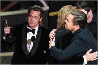 """Oscar 2020, Brad Pitt miglior attore non protagonista: """"Leonardo DiCaprio inseguo i tuoi successi"""""""