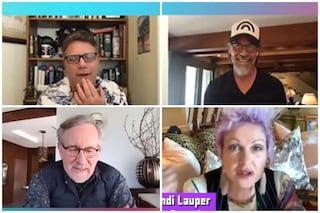 Goonies riuniti 35 anni dopo contro il Covid: ci sono Josh Brolin, Steven Spielberg e Cindy Lauper