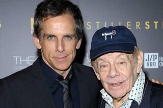È morto Jerry Stiller, papà di Ben e leggendario comico americano