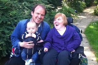"""La sorella di Rory Kinnear morta di coronavirus: """"Era disabile ma la sua morte non era inevitabile"""""""