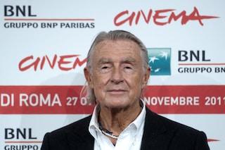Morto Joel Schumacher, il regista di Ragazzi Perduti e Batman aveva 80 anni