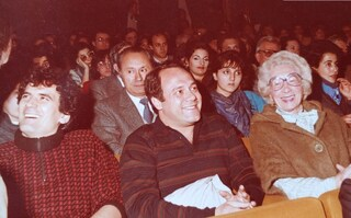 """Carlo Verdone pubblica una foto con Massimo Troisi: """"Ero l'unico che riusciva a portarlo al cinema"""""""