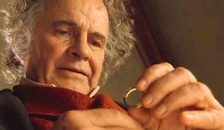 Morto Ian Holm, la star del Signore degli Anelli aveva 88 anni