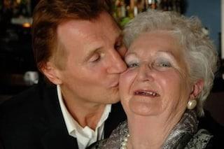 È morta la madre di Liam Neeson un giorno prima del compleanno dell'attore